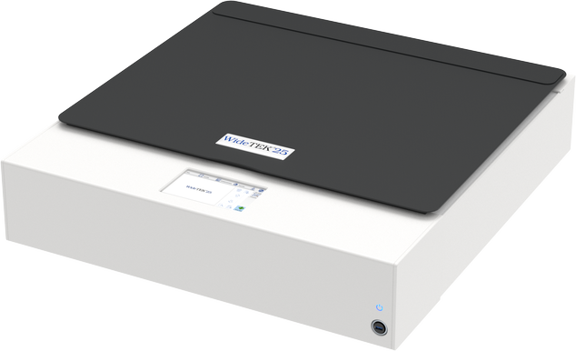 Fast, high resolution flatbed scanner. Scans in 3D mode